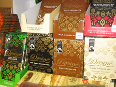 Divine fair trade chocolate [Photo by HowardLake] (CC BY-SA 3.0)