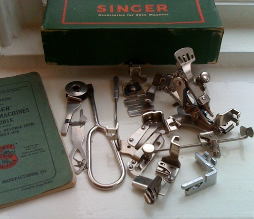 Accessories for a Singer sewing machine No. 201K