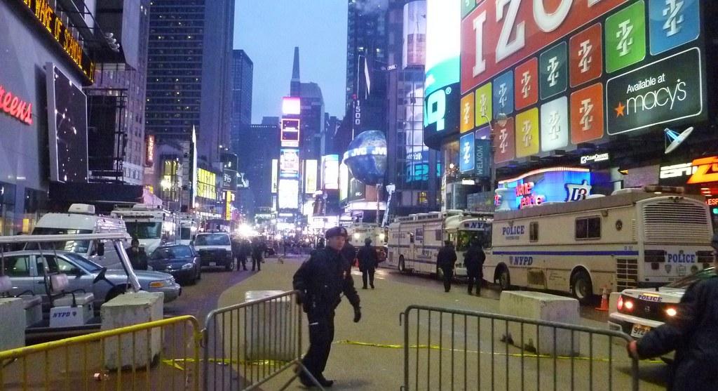 タイムズスクエア、封鎖できませーん