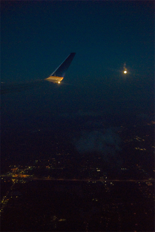 full-moon-airplane
