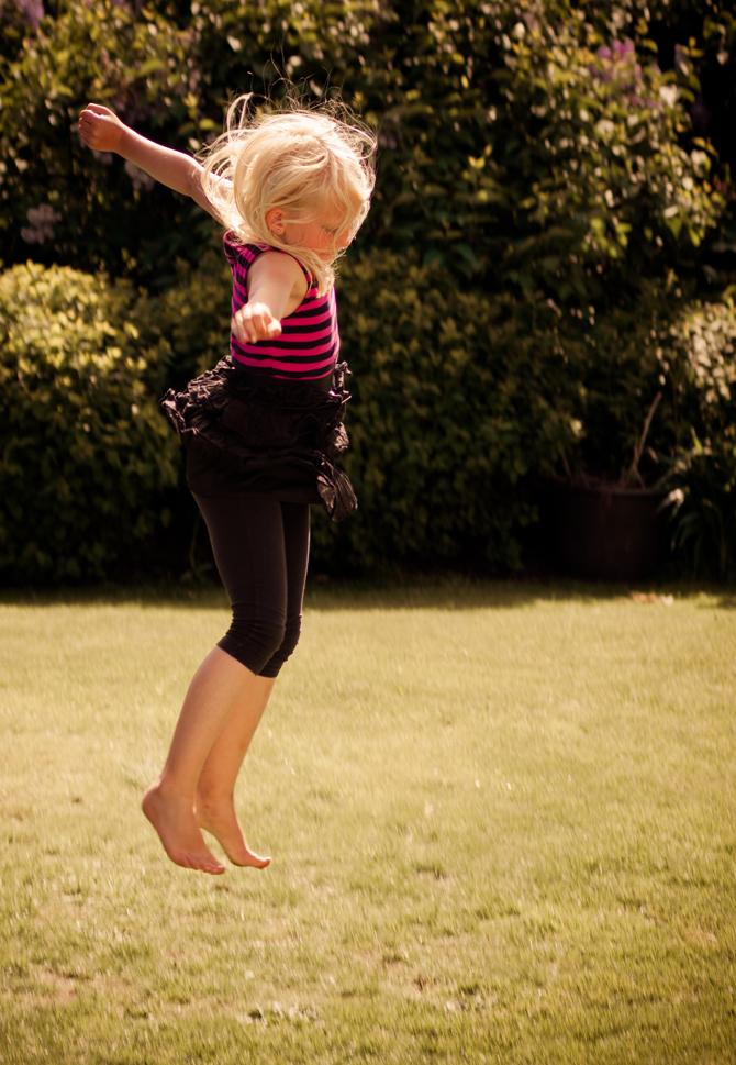 Elsa_jump