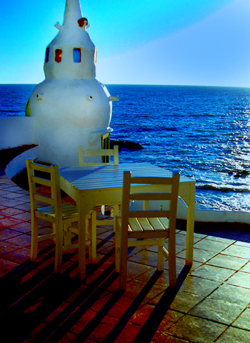 the sea and the table