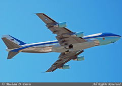 USA - Air Force Boeing VC-25A (747-2G4B) (82-8000)  **Air Force One** (Michael Davis Photography) Tags: photography nashville aviation president flight jet airforceone boeing heavy boeing747 b747 airforce1 bna usmilitary nashvilletennessee vc25a kbna militaryjet presidentoftheunitedstates nashvilleairport militarytransport 828000 boeing7472g4b