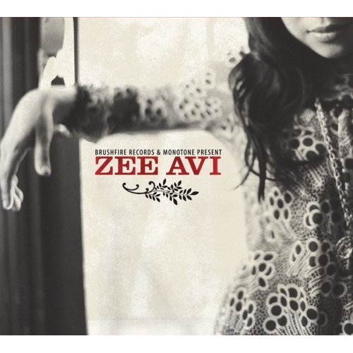 購自中環HMV: Zee Avi by Valentino & Simple Life.