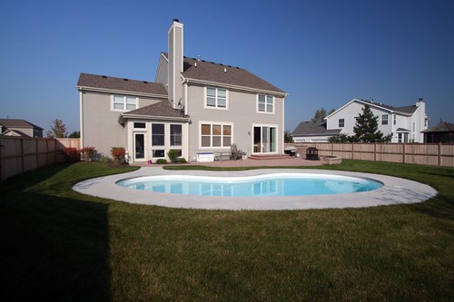 A beautiful in ground pool in Geneva, IL
