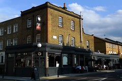 Duke of Wellington, De Beauvoir Town, N1