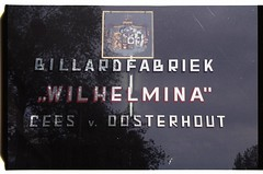 "Billardfabriek ""Wilhelmina"" (pietschreuders) Tags: window billiards lettering staniol spiegelglas billardfabriek"