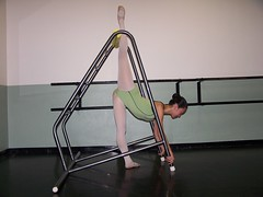 Arabesque Penche E1 (StretchGym) Tags: stretch gym flexibility arabesque penche