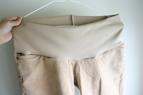 Из чего сшить брюки для беременных
