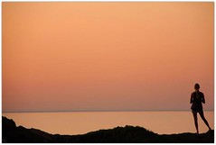 e s e n c i a l (Color-de-la-vida) Tags: sunset silhouette spain silueta energia capdecreus 40d colordelavida