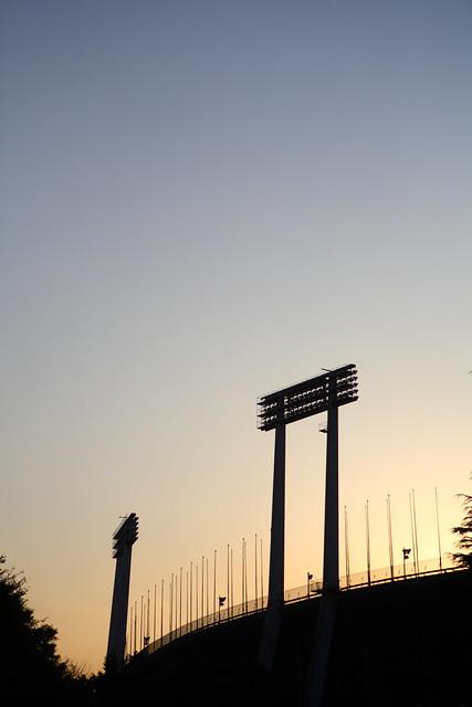 夕闇の競技場