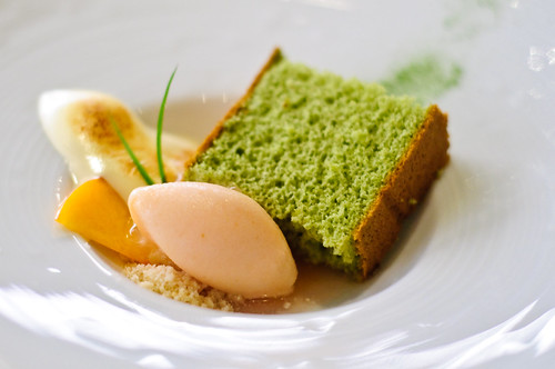 #18 - green tea cake @ Bar Charlie, Las by ehfisher, on Flickr