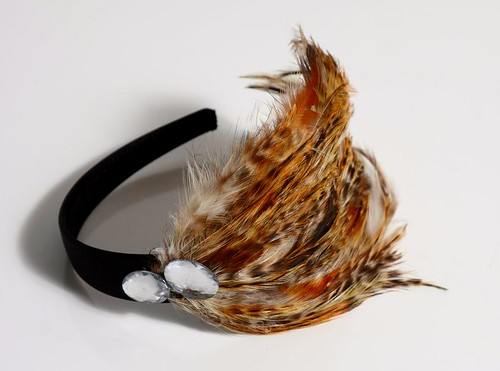 Target Queen Jewelry LONG BROWN AND GOLD FEATHERS