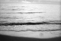 Il mare in Autunno (padesig) Tags: rollei hc110 retro 100 canoscan gossen selfdeveloped paolodelsignore rolleiretro100 gossenlunasix3 retro100 canoscan8600f lunasix3 filmdev:recipe=5510