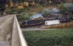 19761008 09 Clinchfield and C&O Railroads, Elkhorn City, KY (davidwilson1949) Tags: railroad train kentucky co elkhorncity clinchfield