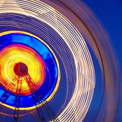 Tibidabo (FerranMat) Tags: barcelona parque wheel night noche long exposure pentax bcn ferris catalonia catalunya parc tibidabo nit noria atracciones ferran exposicin sinia tarradellas exposici atraccions k200d justpentax