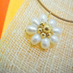 flower pendant with cord - pearls (y2k_maria) Tags: cord necklace wire gifts gift pearl accessories pendant pendants accessory goldfilled