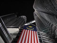 Petronas Towers (kagoo_bythesea) Tags: petronas twintowers