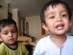Explaining themselves (Ankur P) Tags: baby kids twins toddler fraternal