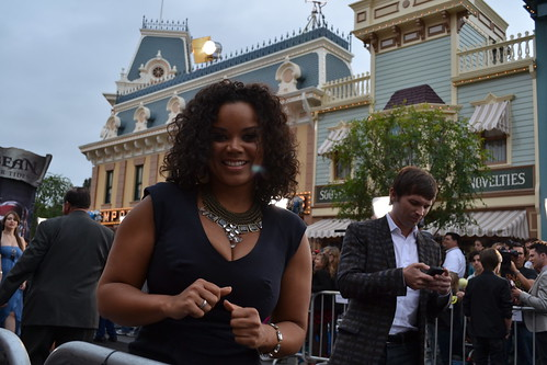 Kimberley Locke on the Pirates of the Caribbean: On Stranger Tides Black Carpet