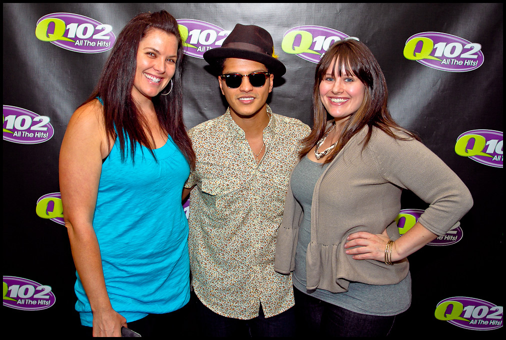 The worlds best photos of listeners and philadelphia flickr hive mind bruno mars meet amp greet q102 philly tags philadelphia radio cafe live m4hsunfo