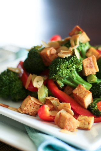 Broccoli, Tofu and Almond Stirfry • The Healthy Foodie
