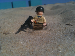 A us soldier lands in north africa (Fritz4783) Tags: world two black infantry war lego northafrica ww2 allies brickarms m1pot