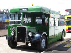 Bristol KSW6G Recovery Vehicle LWR424 (peter_b2008) Tags: buses vintage transport preserved coaches westyorkshire 4044 ecw easterncoachworks recoveryvehicle bristolksw lwr424 towingvehicle