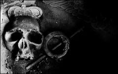 One King (Cul 9) Tags: graveyard skull headstone tombstone gravestone crown churchyard stmarys scythe ovingham blackwhitephotos ouroborous