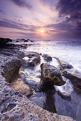 Sunset For You! (Helminadia Ranford(New York)) Tags: bali beach indonesia mengening vosplusbellesphotos