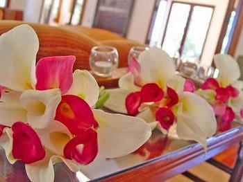 Bridesmaids bouquets (mini callas)