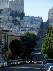 Looking Up @City Views 1 - 2009 (Pixelboy H28) Tags: sf sanfrancisco ca usa fall cali fuji f100 finepix northbeach bayarea 2009 cityviews