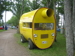 Steve's Mufflermobile (JarvisEye) Tags: auto canada 1948 strange car yellow jaune automobile different steves jeep antique voiture newbrunswick novelty moncton unusual muffler willys ancienne silencieux atlanticnationals mufflermobile canadianrods