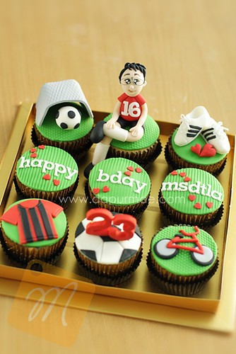 Soccer Player Cupcakes