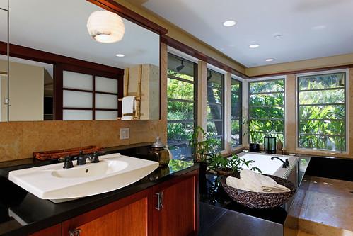 4641 South Lane - (17) master bath