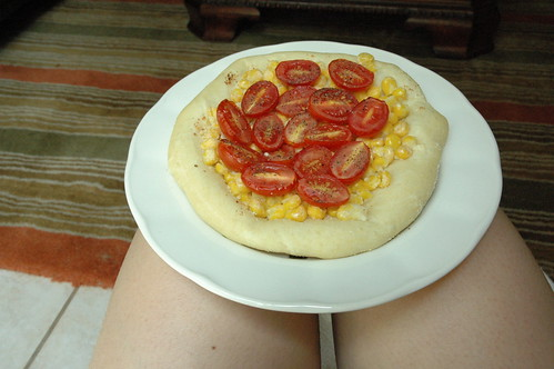 Corn and Tomato Pizza