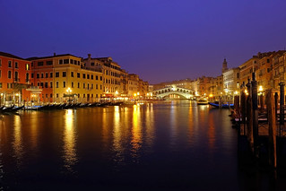 Rialto by night (Venice 2017)