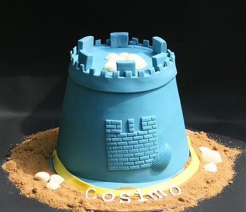 Sand Bucket........Cake!