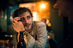 Paddy (TGKW) Tags: boy portrait people man beer bar night bottle pub chat colours paddy bokeh glasgow candid alcohol belle conversation packet nightlife tobacco rik 4562