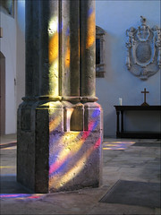 Wadham College Chapel (Martin Beek) Tags: light glass contrast chapel 2009 lightandshade thelightcamethroughthewindow martinbeek bestof2009 martinbeek images2009 wadhamcollegeoxford