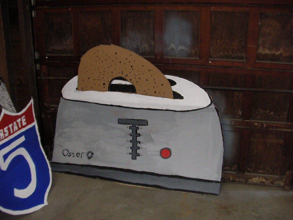 Setting the Paces (The 100 Calorie Man Oster Toaster)