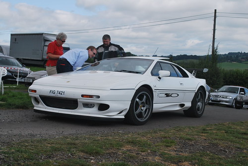 Lotus Esprit Sport 350 by Matt-Hill