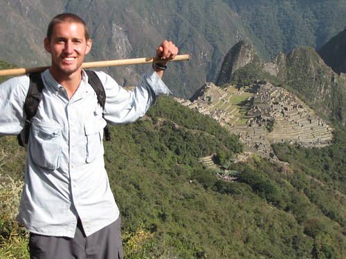 hiking Machu Picchu v95