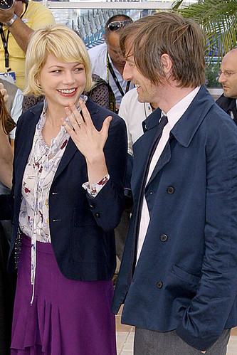 michelle_williams_dating_director_spike_jonze_main_2160