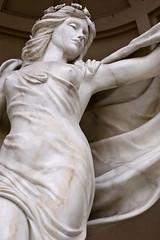 Beautiful statue.. (mstefanko) Tags: vegas statue lasvegas d70s