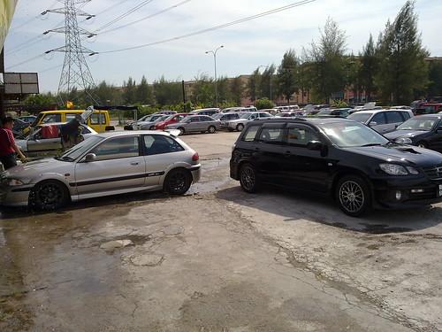 Satria GTi vs Airtrek Turbo