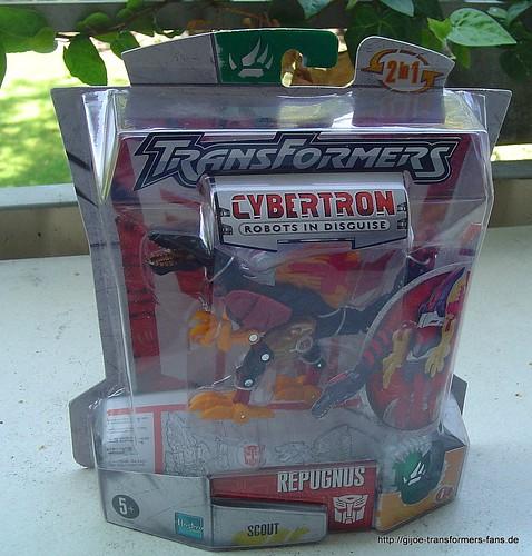 Repugnus Cybertron  Scout Transformers 001