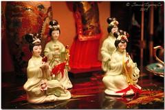 A Chinese Tale (JoLiz) Tags: china ladies girls red women chinese decoration pk figurine decor porcelain cebusugbo pinoykodakero garbongbisaya