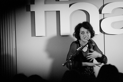 Carmen presenta Elettra alla Fnac