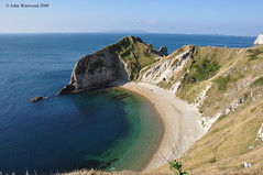 Walking to Durdle Door (JRT ) Tags: sea sky sun holiday tree beach water grass rock clouds nikon shingle sunny pebbles shore dorset portlandbill durdledoor d90 mygearandmepremium mygearandmebronze mygearandmesilver mygearandmegold mygearandmeplatinum mygearandmediamond johnwarwood flickrjrt